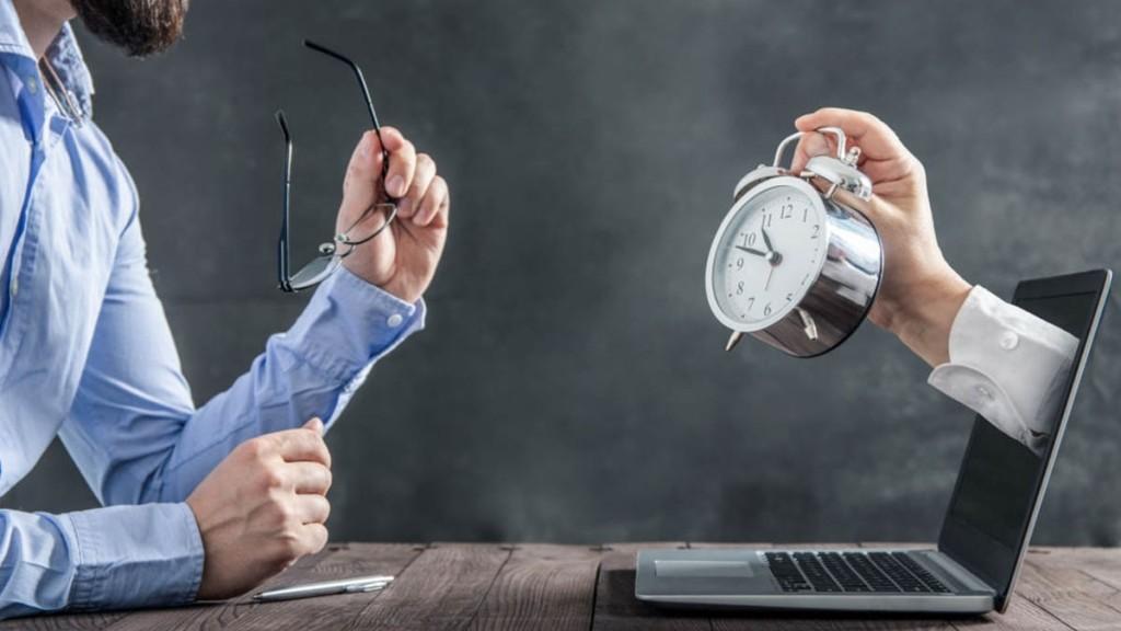 Reloj vs trabajo